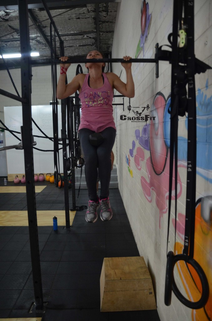 lili-weighted-pull-up