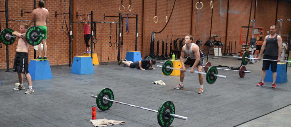 Sumo-Deadlift-high-pull