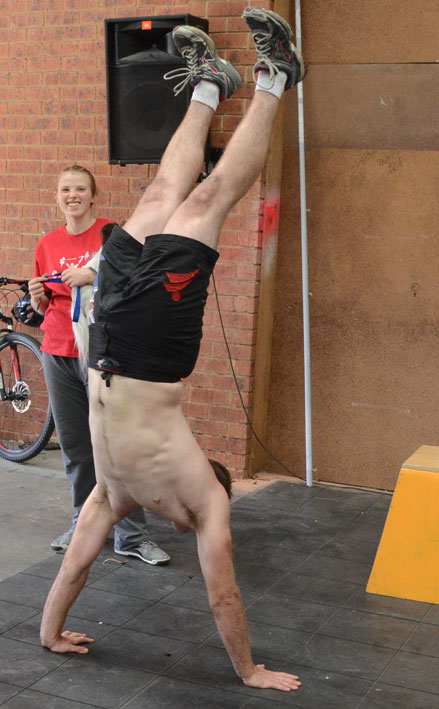 Steve-handstand-walk
