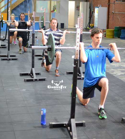 Front-rack-lunge