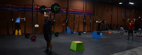 Thruster-Chest-to-bar-HSPU
